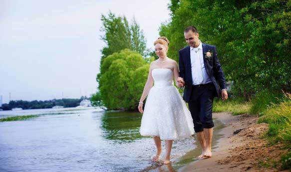Свадебное платье на видеосъёмке , тип первый - возможно всё, не мешает съёмке видео