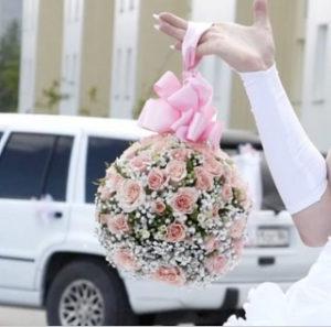 каплевидный букет невесты на свадьбу
