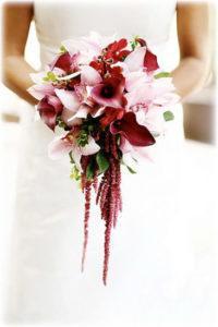букет невесты каплевидный