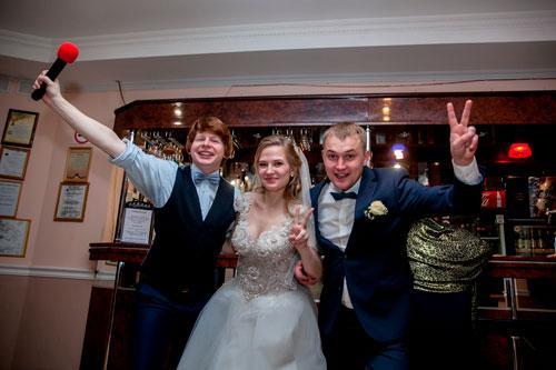 Профессиональная видеосъёмка в районе метро Автозаводская, фотограф и видеограф на Автозаводской, видео интервью на свадьбе с фото