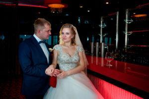 Профессиональная видеосъёмка в районе метро Автозаводская, фотограф и видеограф на Автозаводской, видео интервью на свадьбе