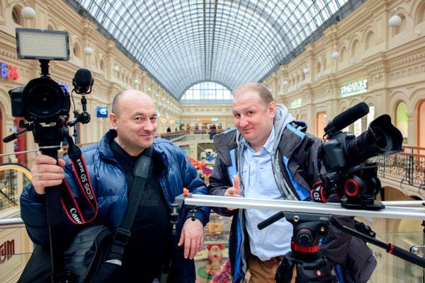 Профессиональный свадебный видеооператор в районе метро Кузнецкий мост, интервью и фотограф улица Кузнецкий мост